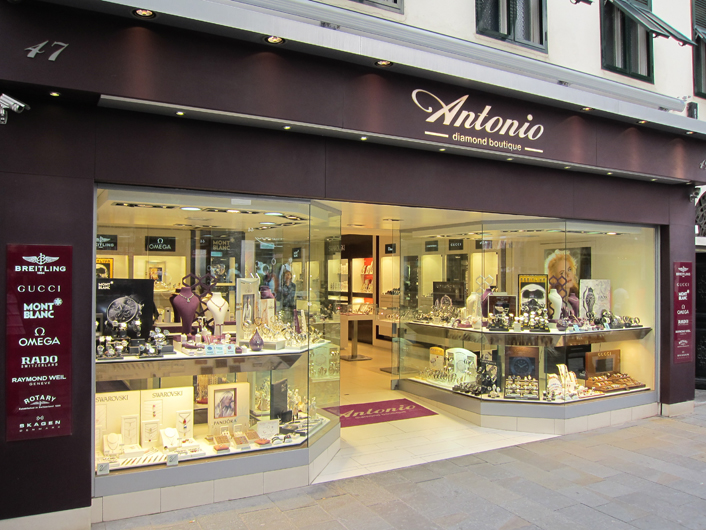 Gibraltar Shopping Guide - Antonio's Diamon Boutique